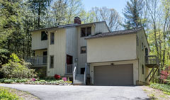 The-Great-Woodridge-Lake-Escape-359-E.-Hyerdale-Dr-Goshen-CT-$379,000